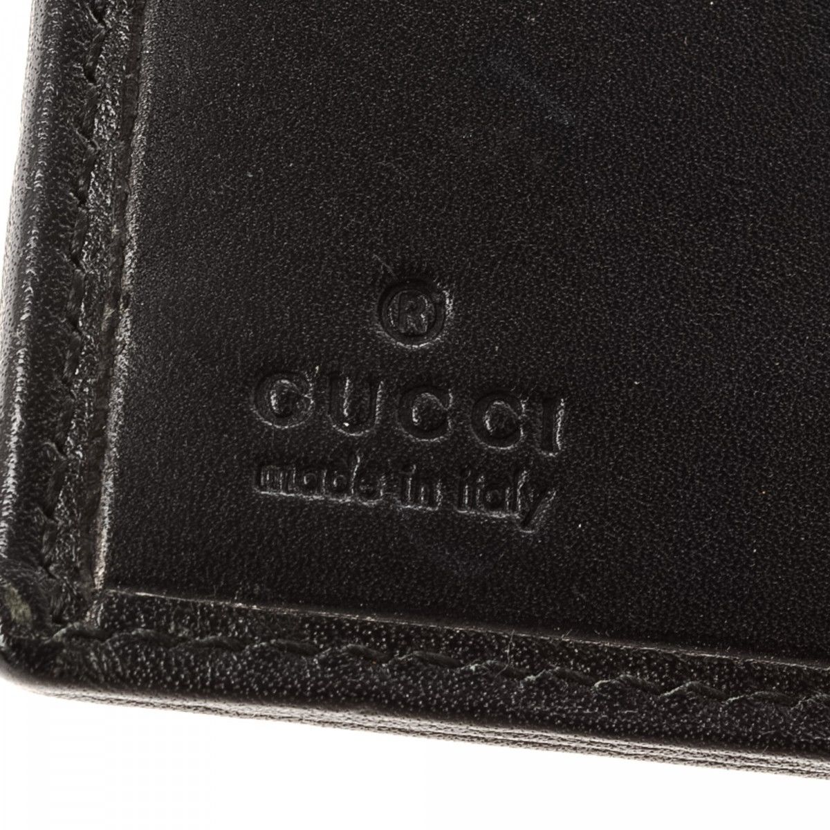 b2bce9727f49d8 Gucci Jackie Compact Wallet. LXRandCo guarantees this is an authentic  vintage Gucci Jackie Compact wallet. Crafted in leather ...