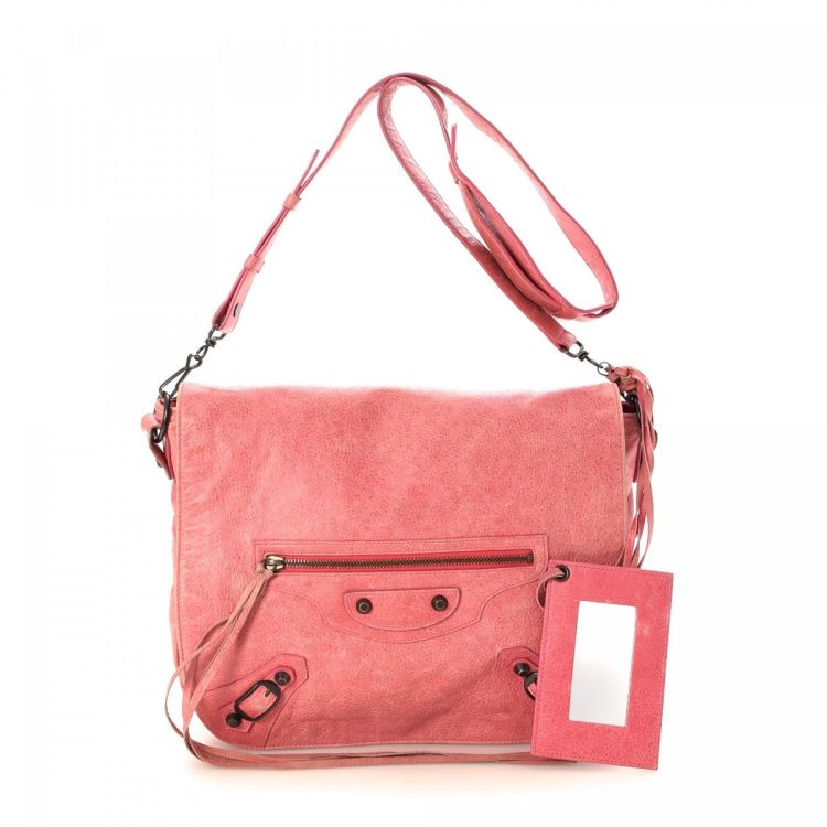 4899879ea7286 LXRandCo guarantees the authenticity of this vintage Balenciaga Folk  Messenger Bag shoulder bag. This lovely bag comes in pink leather.