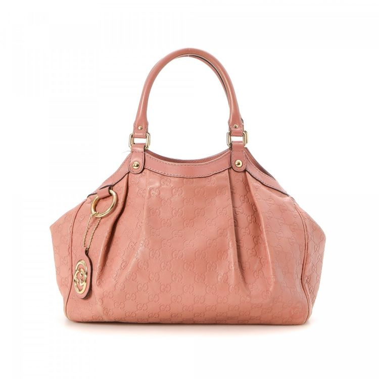 3e65ba68d89b6c The authenticity of this vintage Gucci Sukey Two Way Bag handbag is  guaranteed by LXRandCo. Crafted in guccissima leather, this practical bag  comes in rose.