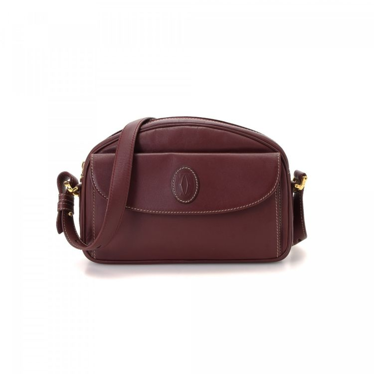 LXRandCo guarantees the authenticity of this vintage Cartier Crossbody Bag  messenger   crossbody bag. This chic crossbody was crafted in must de  leather in ... 6f652e58da