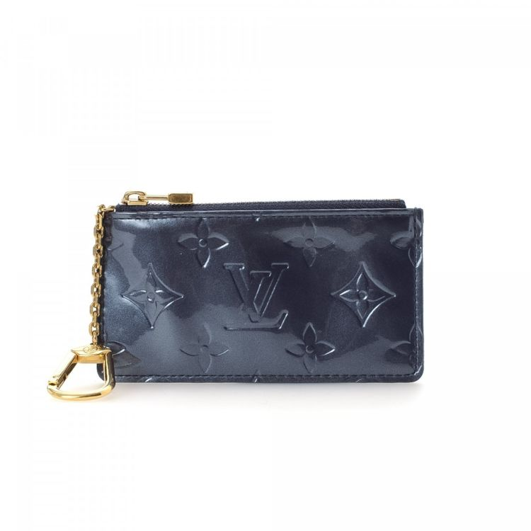 ab8d790ce15e The authenticity of this vintage Louis Vuitton Key Pouch is guaranteed by  LXRandCo. This practical key pouch in beautiful bleu infini is made in  vernis ...