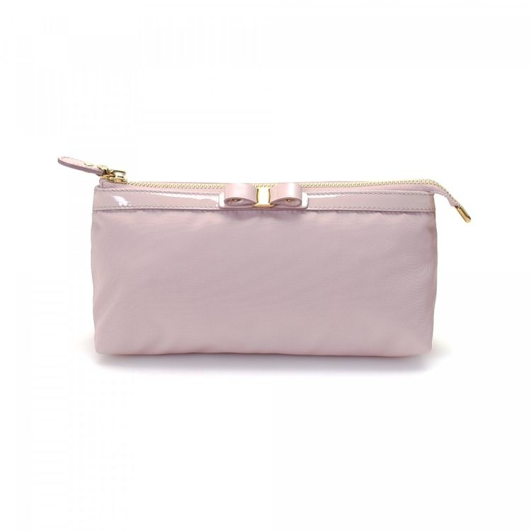 7abb18f18a06 LXRandCo guarantees the authenticity of this vintage Ferragamo Vara Pouch  vanity case   pouch. Crafted in nylon