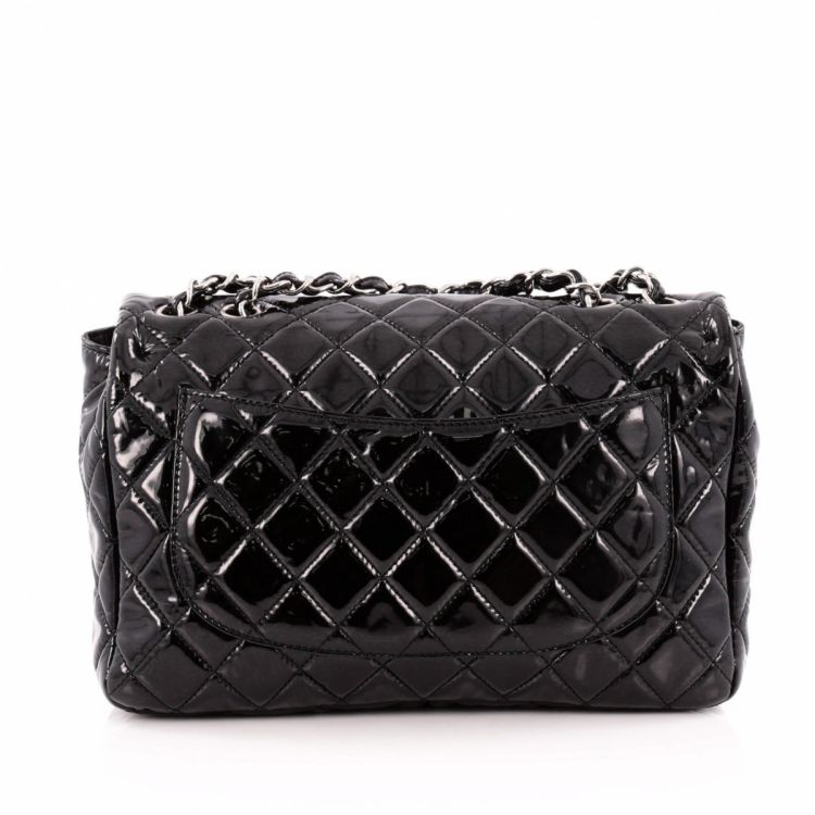 fff3255b5b9c LXRandCo guarantees the authenticity of this vintage Chanel Classic Single  Flap Bag Quilted Crinkled Patent Jumbo handbag. Practical purse.