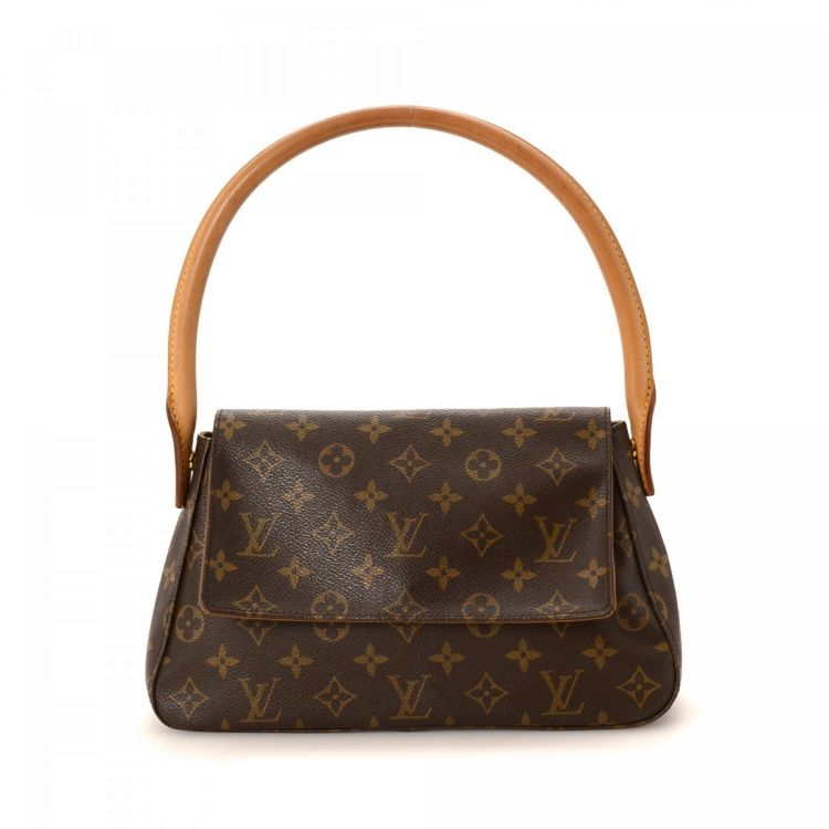 Lxrandco Guarantees The Authenticity Of This Vintage Louis Vuitton Mini Looping Handbag Crafted In Monogram Coated Canvas Luxurious Pocketbook Comes
