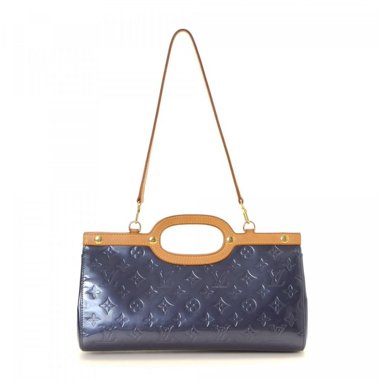 Lxrandco Guarantees The Authenticity Of This Vintage Louis Vuitton Roxbury Drive Handbag Sophisticated Purse In Indigo Is Made Vernis Patent