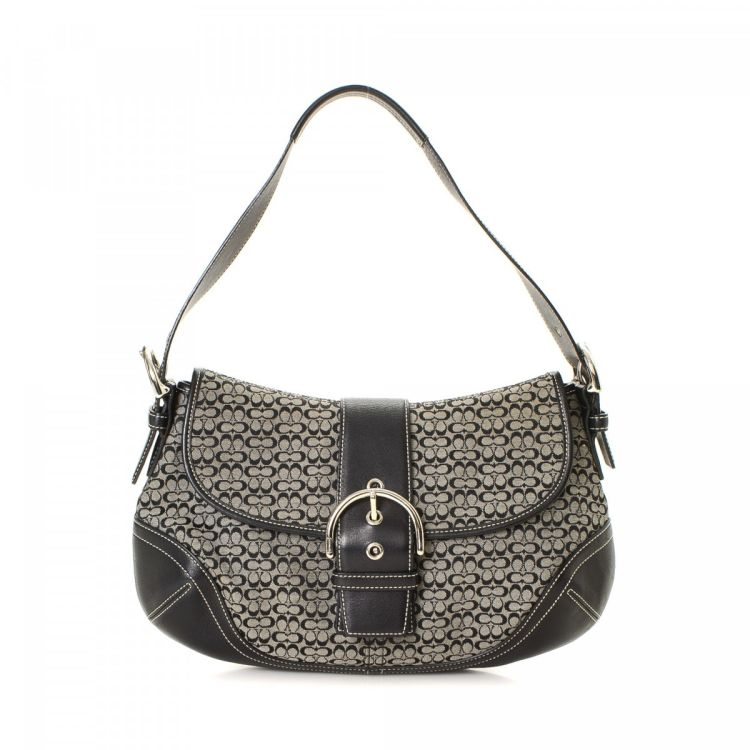 22e0ac1447 The authenticity of this vintage Coach Soho Buckle shoulder bag is  guaranteed by LXRandCo. This practical purse was crafted in jacquard canvas  in grey.