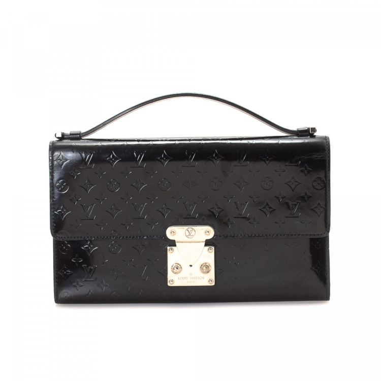 c04da2d6aceb LXRandCo guarantees the authenticity of this vintage Louis Vuitton Anouchka  clutch. This classic evening bag in black is made in mini monogram glace  patent ...