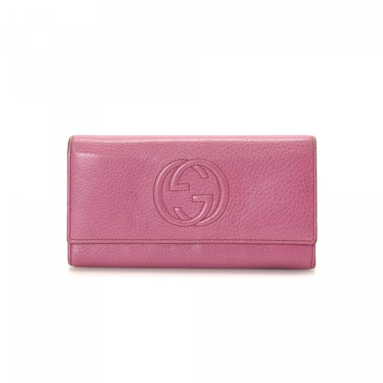 cb5495a3cc8 LXRandCo guarantees this is an authentic vintage Gucci Continental wallet.  Crafted in soho leather