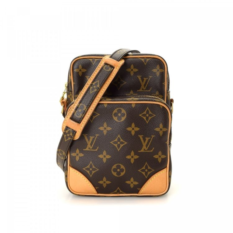 43d8c4a51fa1 LXRandCo guarantees this is an authentic vintage Louis Vuitton Amazon 22  messenger   crossbody bag. This everyday saddle bag in brown is made in  monogram ...