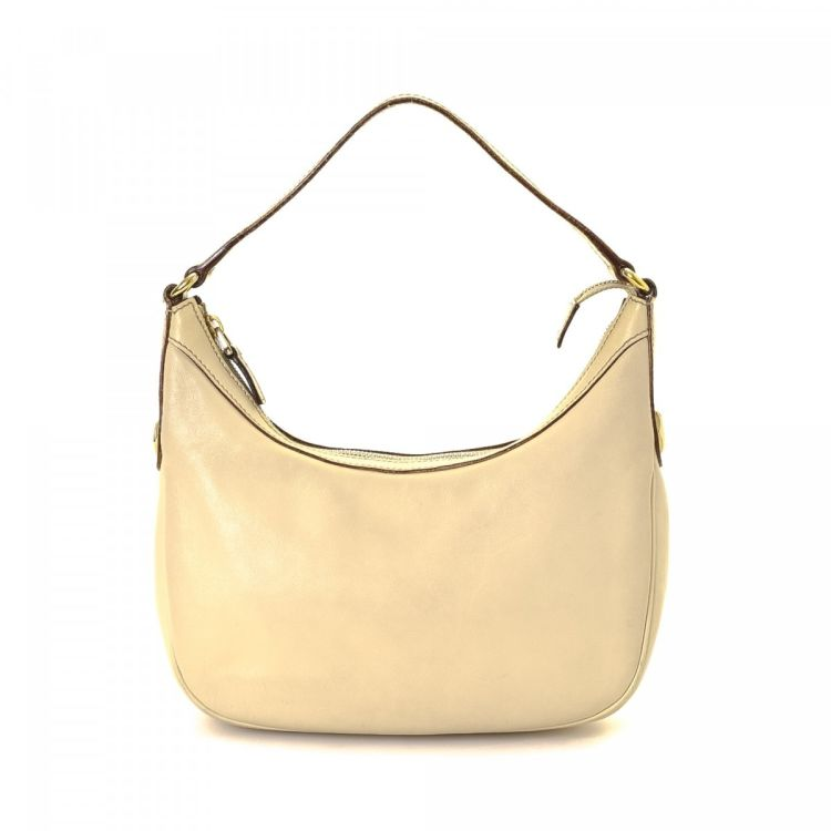 1112169d108 LXRandCo guarantees this is an authentic vintage Gucci Hobo Bag shoulder bag.  This classic purse was crafted in leather in beautiful ivory.