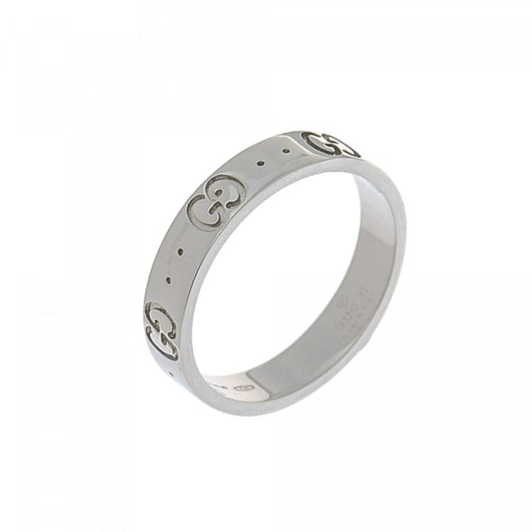 5it 13 ring is guaranteed by lxrandco this lovely ring comes in beautiful silver tone 18k white gold