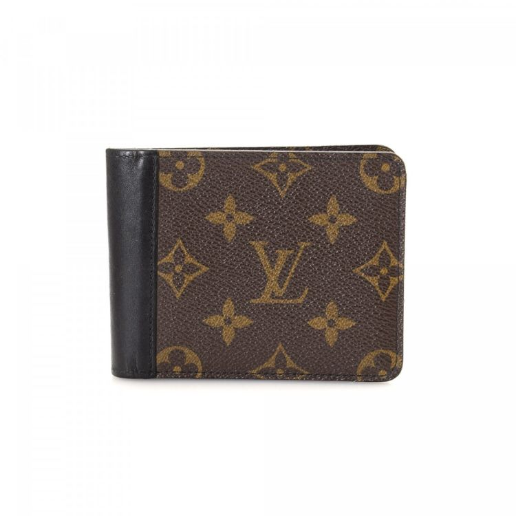 77aef54ac4d3 The authenticity of this vintage Louis Vuitton Billfold wallet is  guaranteed by LXRandCo. This beautiful billfold was crafted in monogram  macassar coated ...