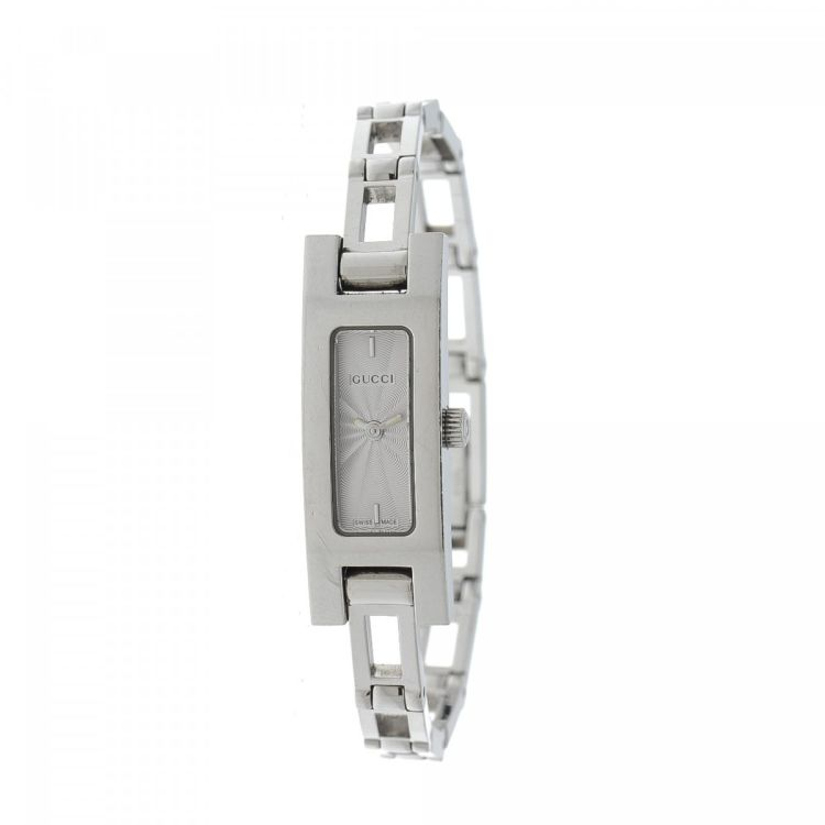 f3d2bd2903a LXRandCo guarantees this is an authentic vintage Gucci 3900L Timepiece 12mm  watch. This refined timepiece comes in silver tone stainless steel.