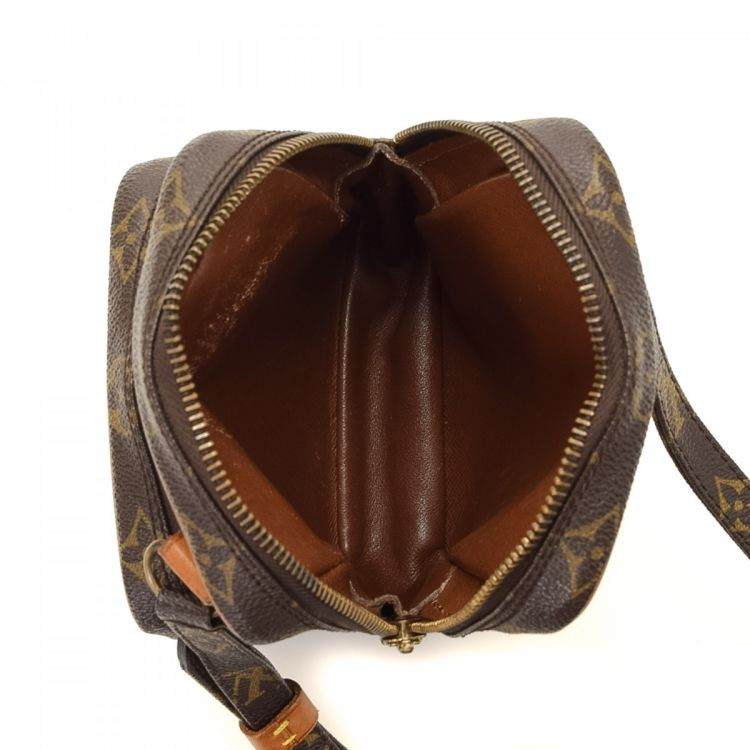 69125671a8bf The authenticity of this vintage Louis Vuitton Mini Amazon messenger   crossbody  bag is guaranteed by LXRandCo. This beautiful messenger   crossbody bag in  ...