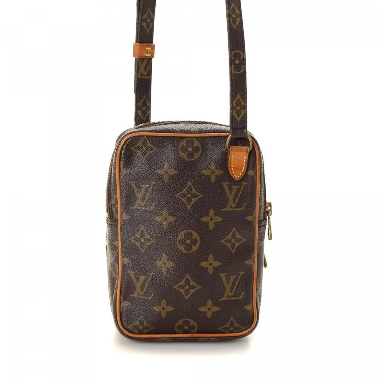 20660ed06c391 The authenticity of this vintage Louis Vuitton Mini Amazon messenger   crossbody  bag is guaranteed by LXRandCo. This beautiful messenger   crossbody bag in  ...