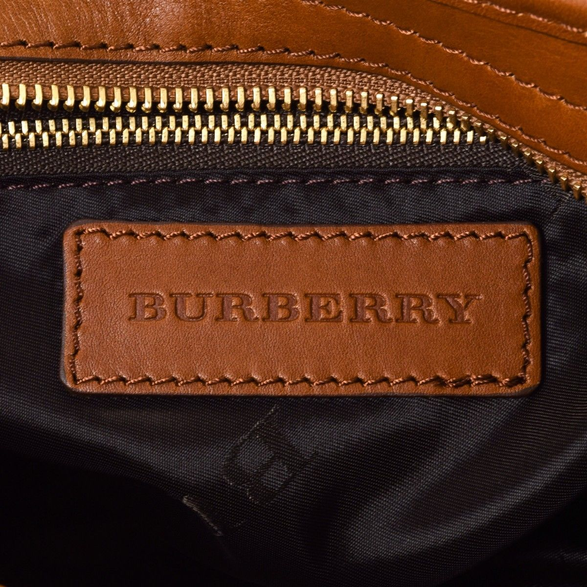 Burberry Studded Heart Two Way Bag Leather - LXRandCo - Pre-Owned ... 595309eba134a