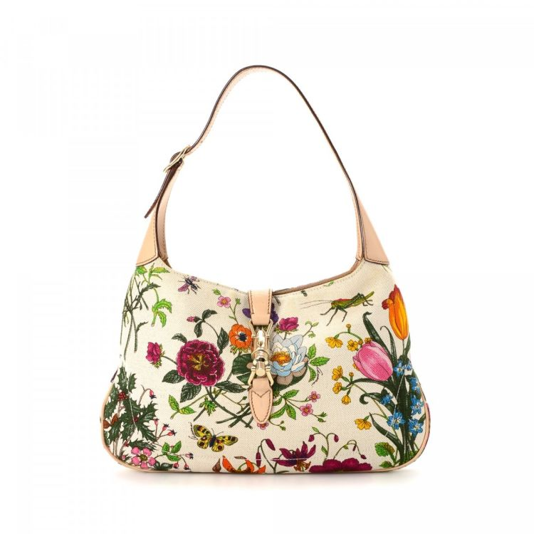 1c9acef39499 LXRandCo guarantees the authenticity of this vintage Gucci New Jackie  shoulder bag. This lovely pocketbook in multi color is made in flora canvas.