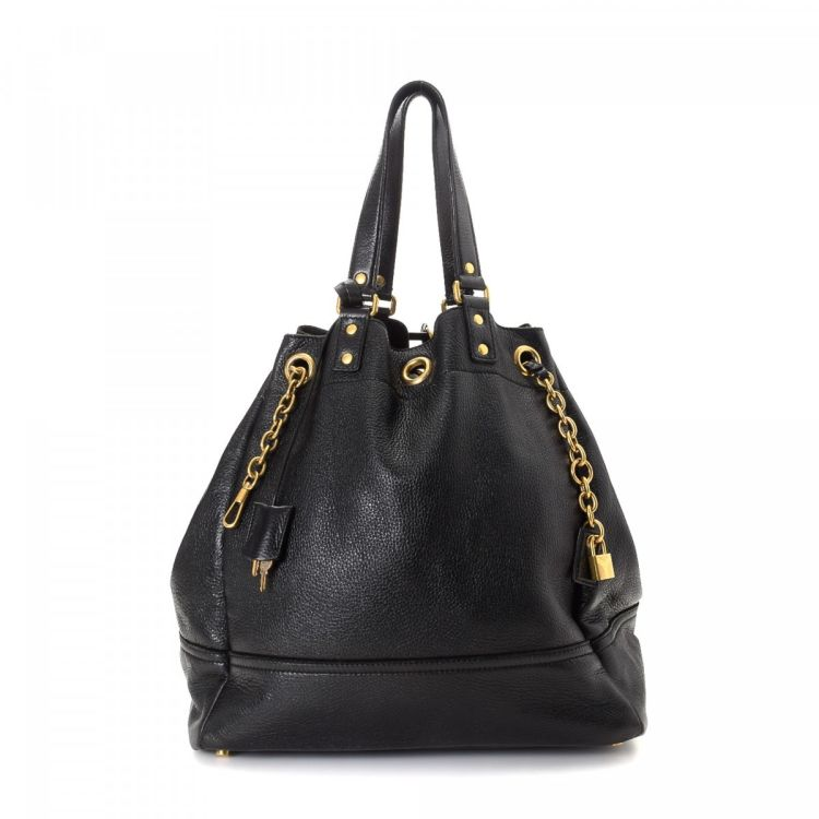 LXRandCo guarantees this is an authentic vintage Yves Saint Laurent  shoulder bag. This signature shoulder bag in beautiful black is made of  leather. d50f89f6592d5