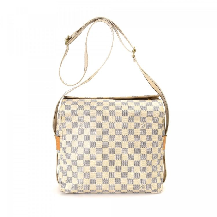 louis vuitton crossbody white. the authenticity of this vintage louis vuitton naviglio messenger \u0026 crossbody bag is guaranteed by lxrandco. crafted in damier azur coated canvas, white e