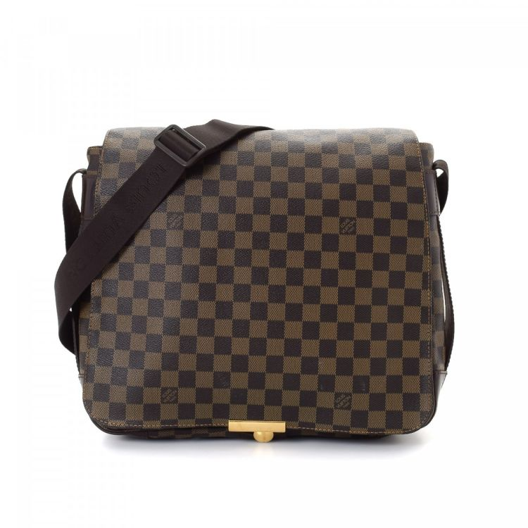 81b3eb34b24c ... Louis Vuitton Bastille messenger   crossbody bag. This signature  messenger   crossbody bag in beautiful brown is made in damier ebene coated  canvas.