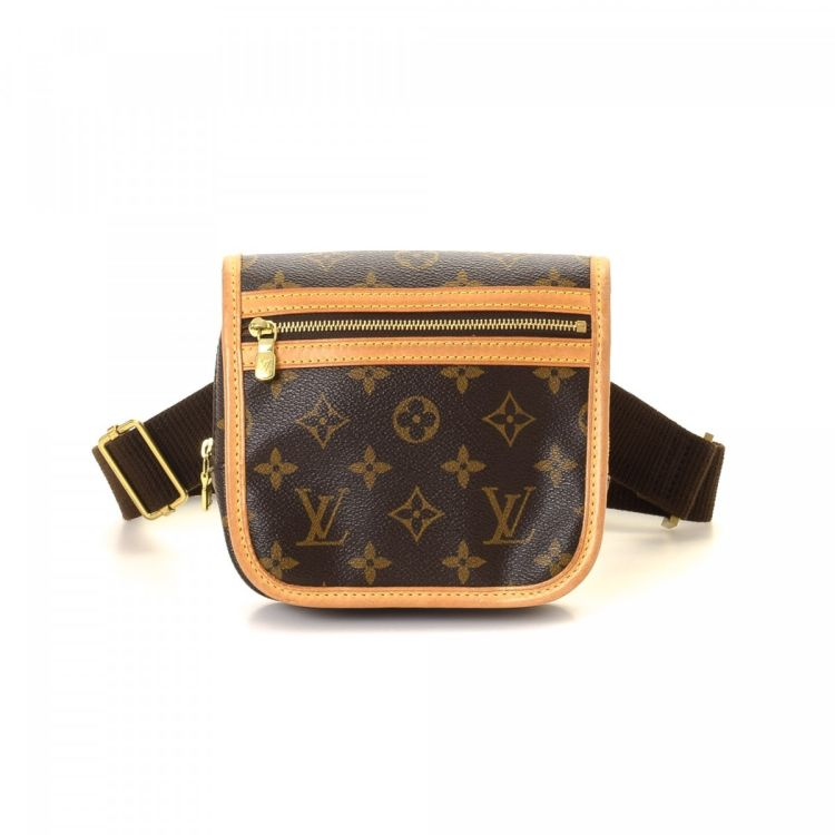 2356a27fed86 LXRandCo guarantees the authenticity of this vintage Louis Vuitton Bosphore  Bum Bag vanity case   pouch. Crafted in monogram coated canvas