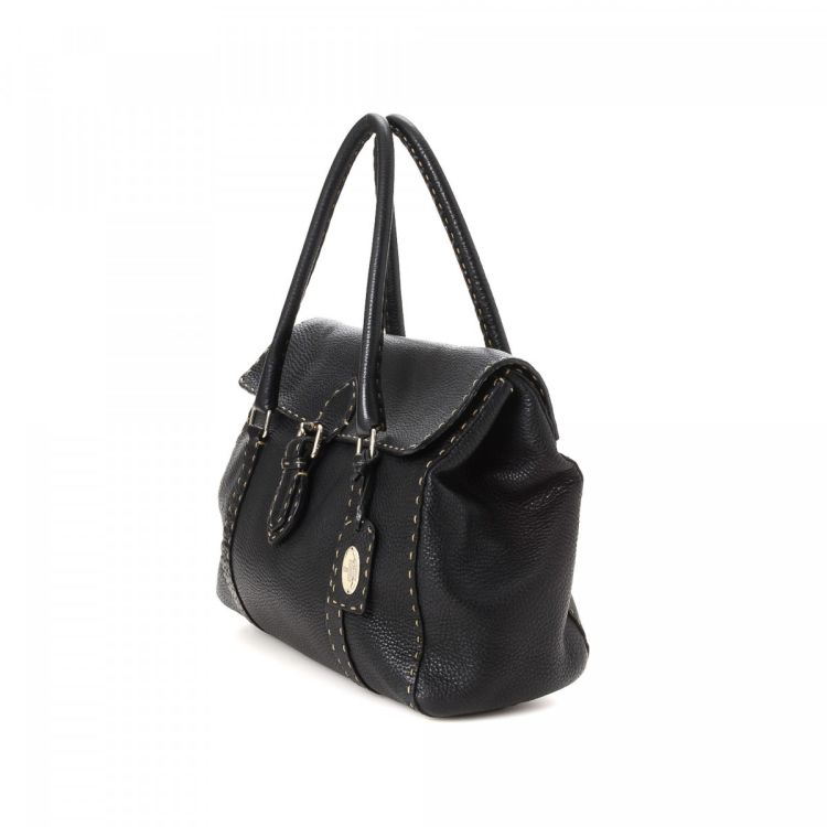 bb7ea88e85 LXRandCo guarantees this is an authentic vintage Fendi Selleria Linda shoulder  bag. This iconic bag comes in black leather. Due to the vintage nature of  ...