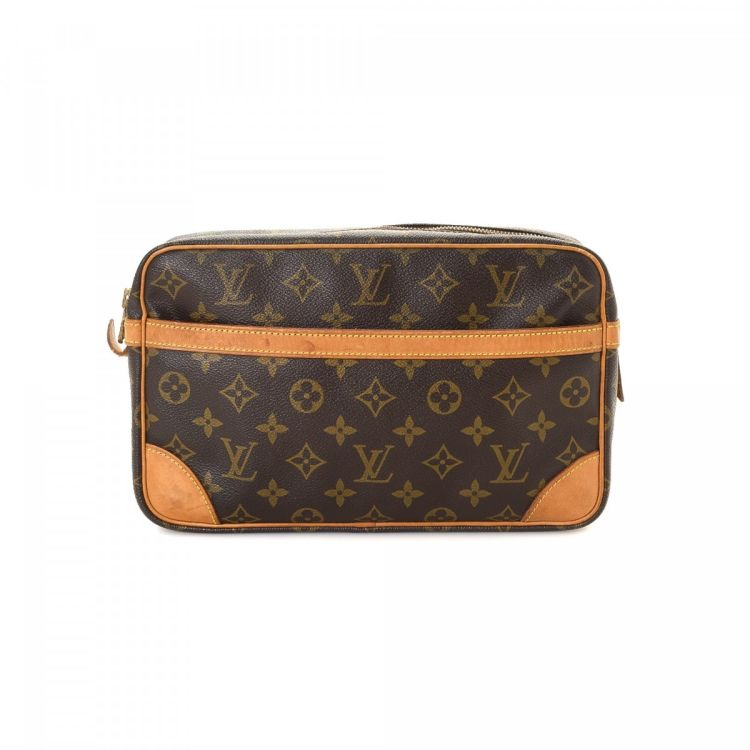 5f7e8b1b1 LXRandCo guarantees this is an authentic vintage Louis Vuitton Compiegne 28  clutch. Crafted in monogram coated canvas, this stylish clutch comes in ...