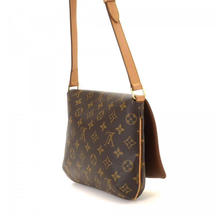 7d8572a5200d The authenticity of this vintage Louis Vuitton Musette Tango Long Strap  messenger   crossbody bag is guaranteed by LXRandCo.