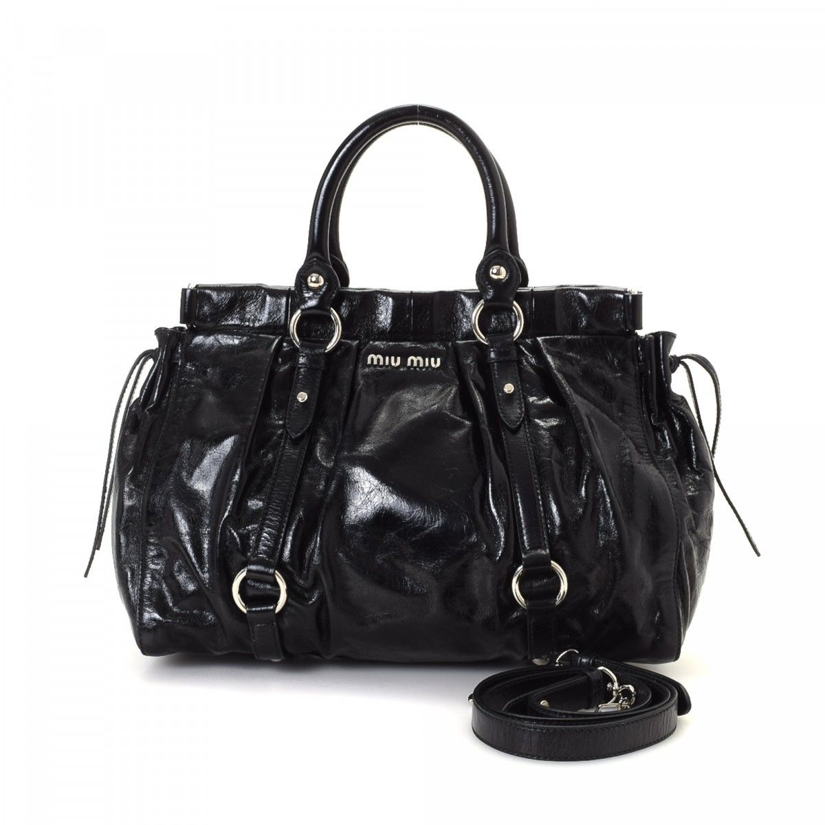 How To Clean My White Leather Handbag