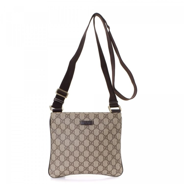 86bf719bec4 LXRandCo guarantees this is an authentic vintage Gucci Crossbody Bag  messenger   crossbody bag. This luxurious hobo bag was crafted in gg supreme  coated ...