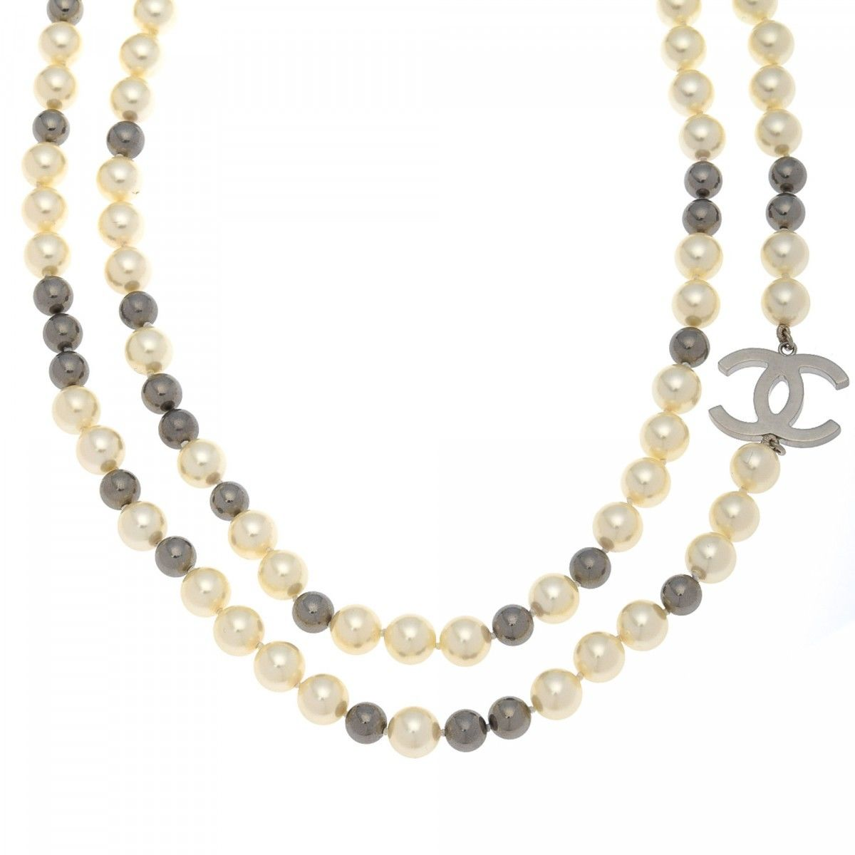 pre pearl logo faux cc metal lxrandco chanel and necklace luxury us silver vintage necklaces owned en large