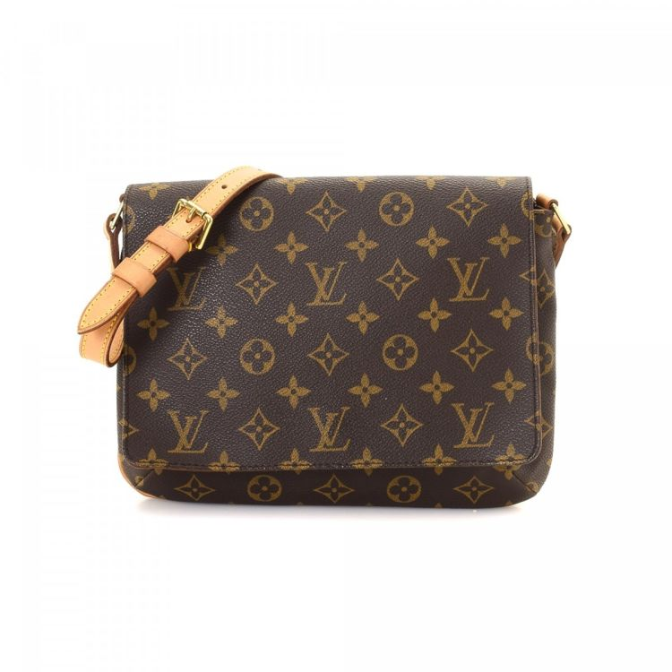 5102f37286ab The authenticity of this vintage Louis Vuitton Musette Tango Short Strap  shoulder bag is guaranteed by LXRandCo. Crafted in monogram coated canvas