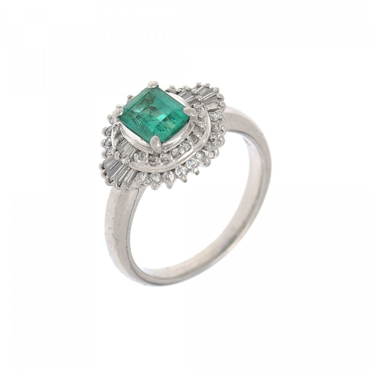 a vintage pin jewelry ring estate engagement colombian emerald