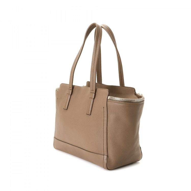 0f66150f7da1 LXRandCo guarantees this is an authentic vintage Ferragamo Verve tote.  Crafted in leather