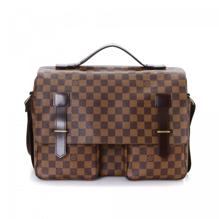 5b1818a9a2af The authenticity of this vintage Louis Vuitton Broadway messenger    crossbody bag is guaranteed by LXRandCo. Crafted in damier ebene coated  canvas