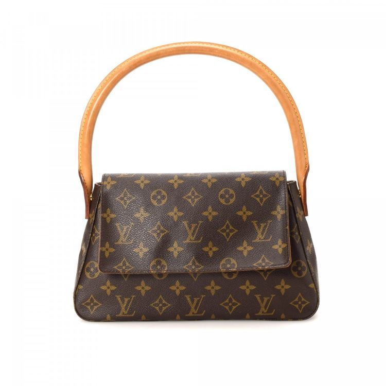 The Authenticity Of This Vintage Louis Vuitton Mini Looping Handbag Is Guaranteed By Lxrandco Luxurious Purse Was Crafted In Monogram Coated Canvas