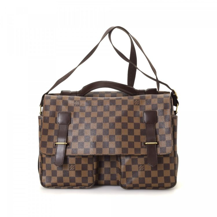 4ecd2b21c74b LXRandCo guarantees the authenticity of this vintage Louis Vuitton Broadway  messenger   crossbody bag. Crafted in damier ebene coated canvas