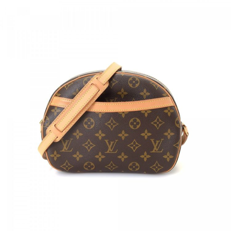 2f2582e2d34 LXRandCo guarantees the authenticity of this vintage Louis Vuitton Blois  messenger   crossbody bag. This chic crossbody in brown is made in monogram  coated ...