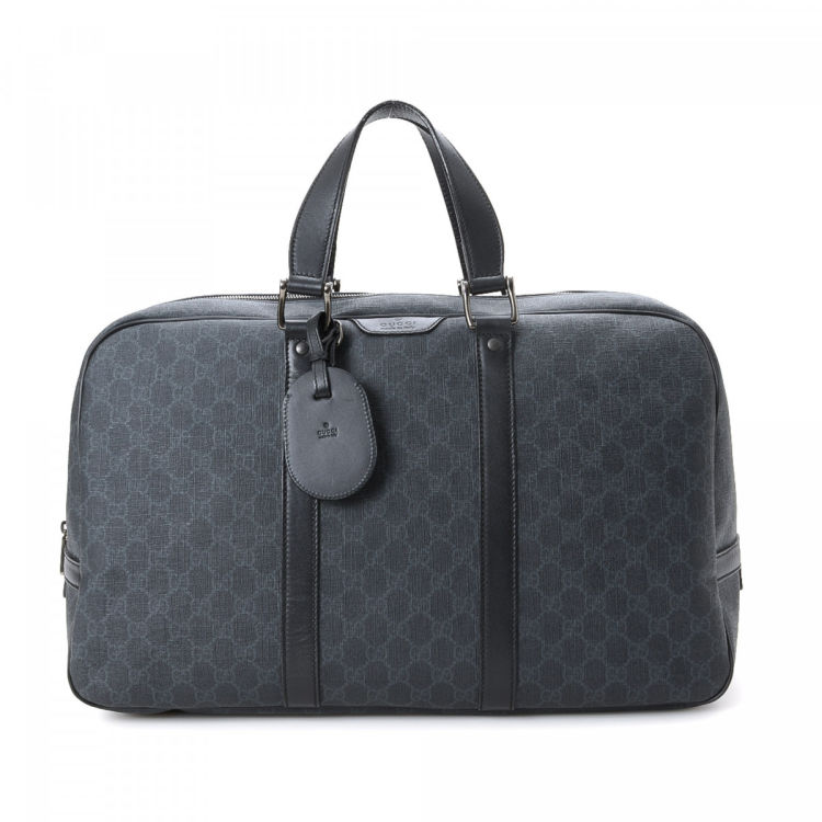 2d4950bde676 GG Supreme Briefcase. Free Shipping. This product is in store at Hudson's  Bay Montreal. LXRandCo guarantees the authenticity of this vintage Gucci  Briefcase ...