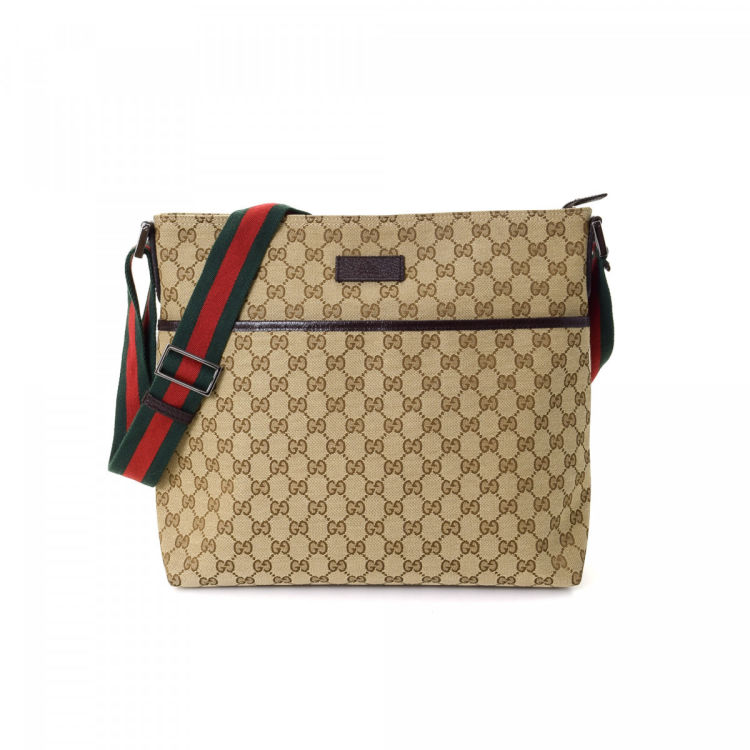 b986ea34087a29 The authenticity of this vintage Gucci Web Crossbody Bag messenger & crossbody  bag is guaranteed by LXRandCo. This refined crossbody was crafted in gg ...