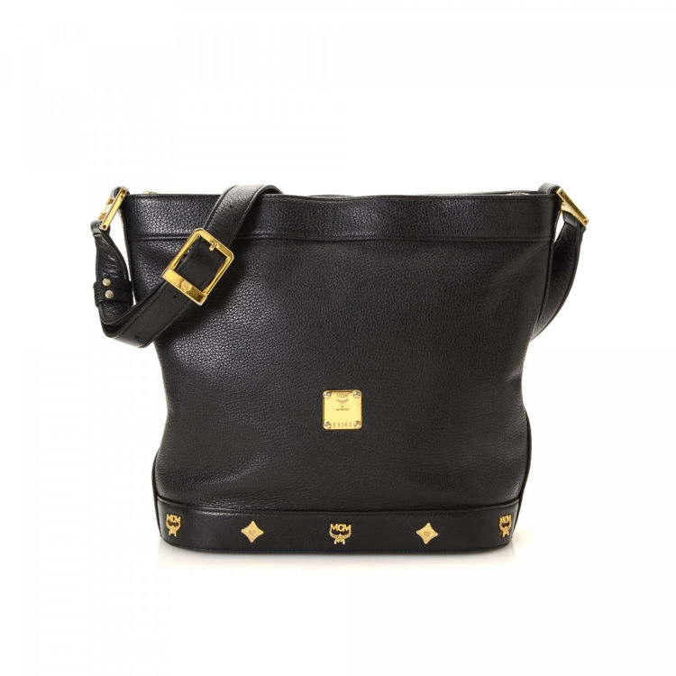 8f04548d9 LXRandCo guarantees this is an authentic vintage MCM Visetos shoulder bag.  This exquisite purse comes in black leather. Due to the vintage nature of  this ...