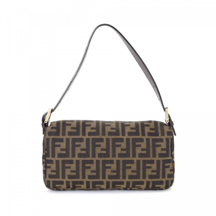 4bb2bfe26529 ... 50% off the authenticity of this vintage fendi mama baguette shoulder  bag is guaranteed by