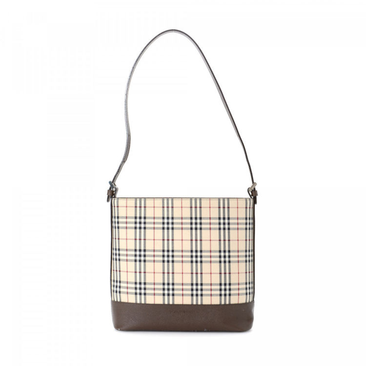 95fd5d627ebe LXRandCo guarantees the authenticity of this vintage Burberry shoulder bag.  This classic purse in brown is made in haymarket check coated canvas.