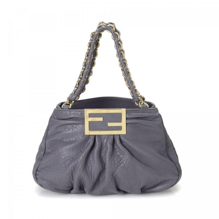 a4222f73f4 ... new style fendi chain shoulder bag leather lxrandco pre owned luxury  vintage 6d8d7 0e101