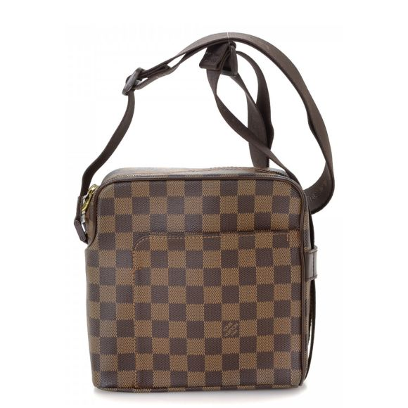 be09d06506fe Authentic Shoulder Bags - LXRandCo - Pre-Owned Luxury Vintage