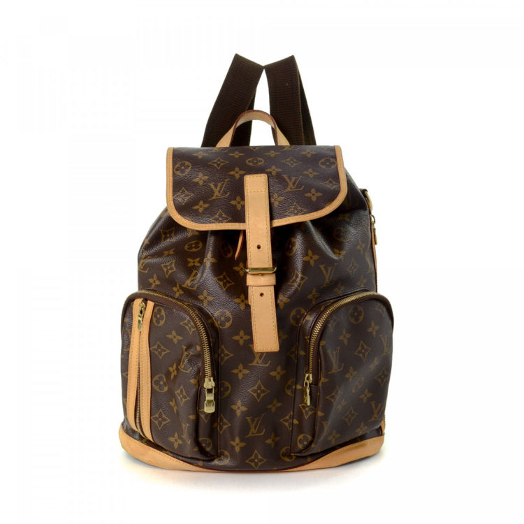26ae416b1c8d LXRandCo guarantees this is an authentic vintage Louis Vuitton Bosphore  backpack. This chic backpack was crafted in monogram coated canvas in brown.