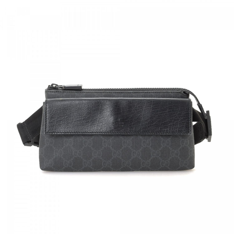 f3e177ffc82 LXRandCo guarantees this is an authentic vintage Gucci Waist Pouch vanity  case   pouch. This exquisite pouch in beautiful black is made in gg supreme  coated ...