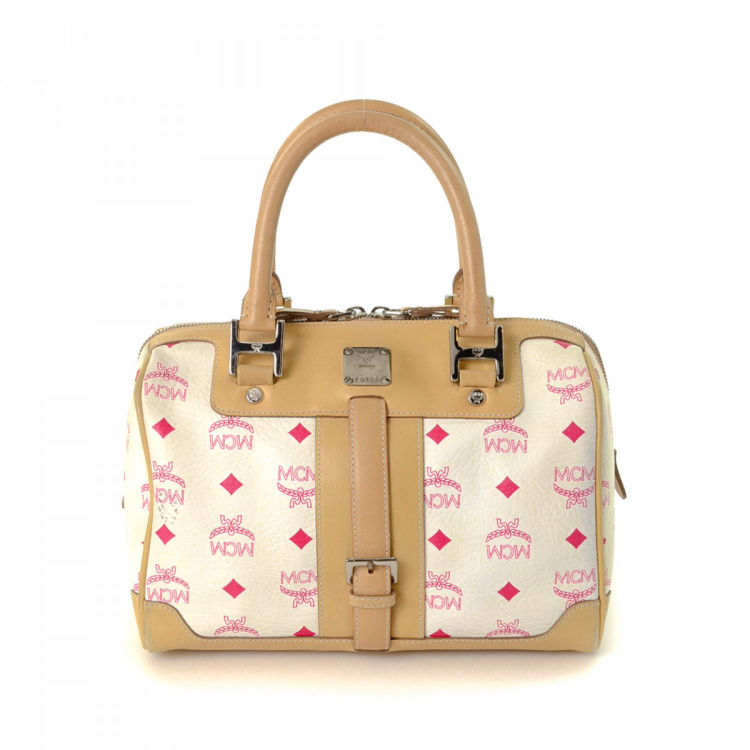 d09890320 The authenticity of this vintage MCM Boston Bag handbag is guaranteed by  LXRandCo. This classic handbag was crafted in visetos leather in beautiful  white.