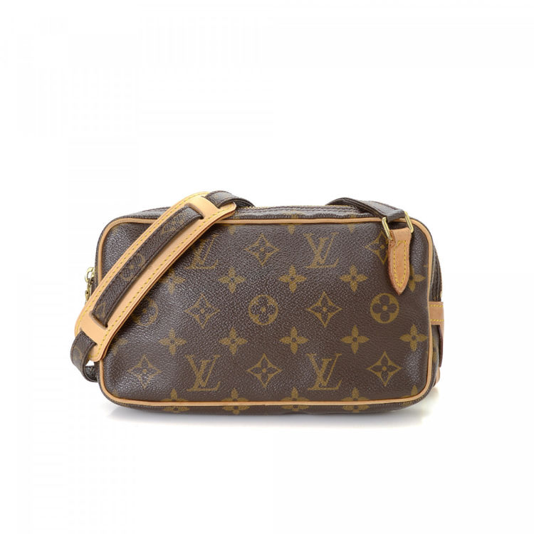 286ed7dcce7d The authenticity of this vintage Louis Vuitton Pochette Marly Bandoulière  messenger   crossbody bag is guaranteed by LXRandCo. This practical crossbody  in ...