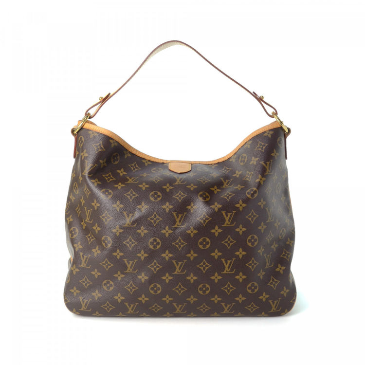 e7be70866172 LXRandCo guarantees this is an authentic vintage Louis Vuitton Delightful MM  shoulder bag. Crafted in monogram coated canvas